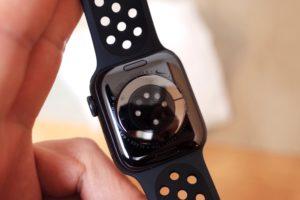 Apple Watch NIKEモデルケースの背面